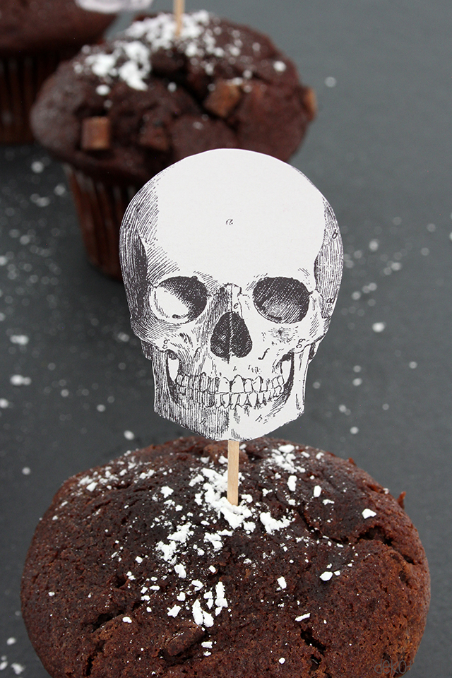DIY Anleitung: Muffintopper mit Totenkopf