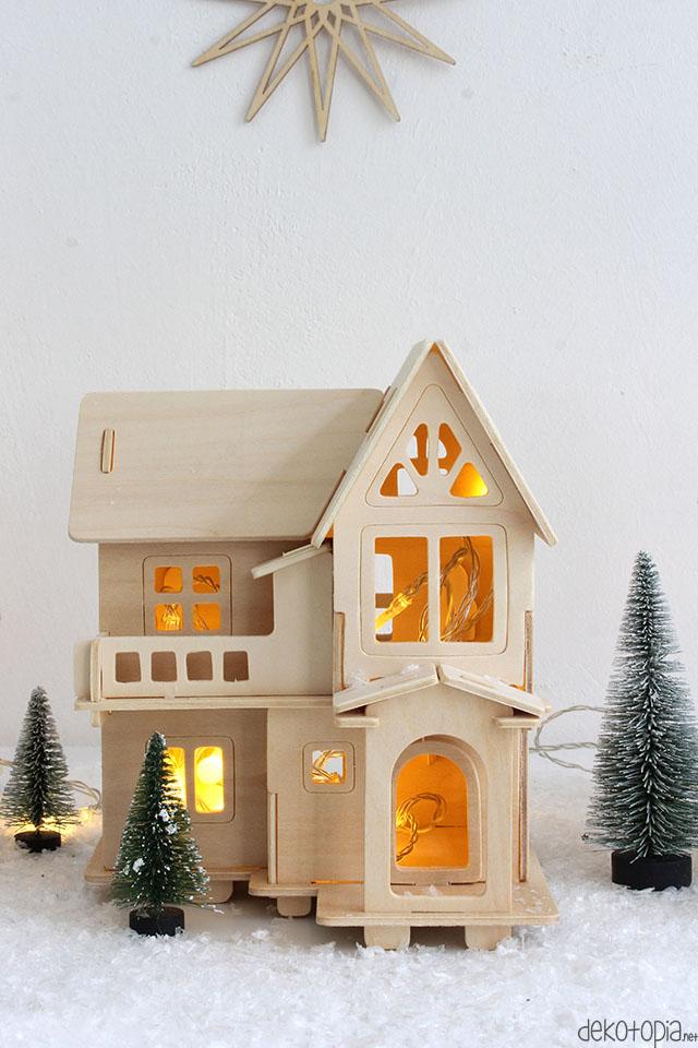 DIY Anleitung: beleuchtete Häuschen als Adventsdeko