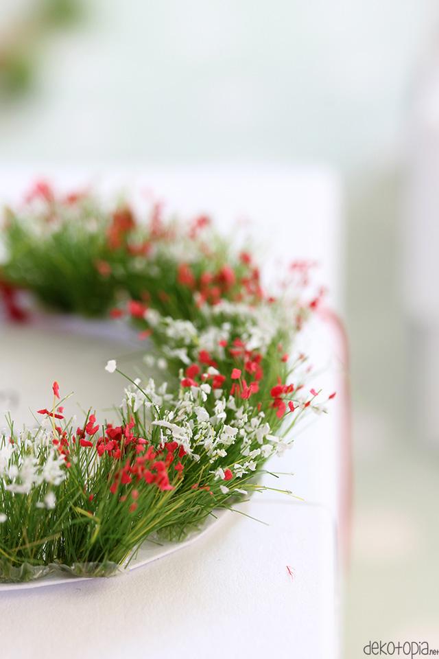 DIY Anleitung: Mini-Blumenkränze zum Muttertag selber machen