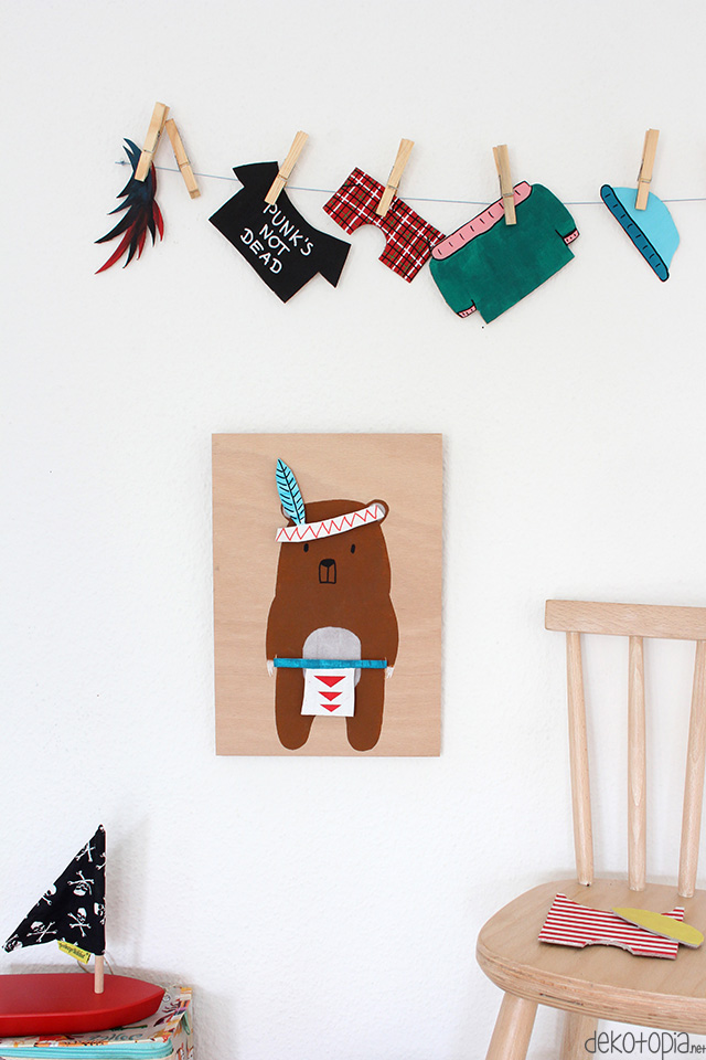 Anziehpuppe aus Holz und Pappe: Spielzeug und Deko für's Kinderzimmer