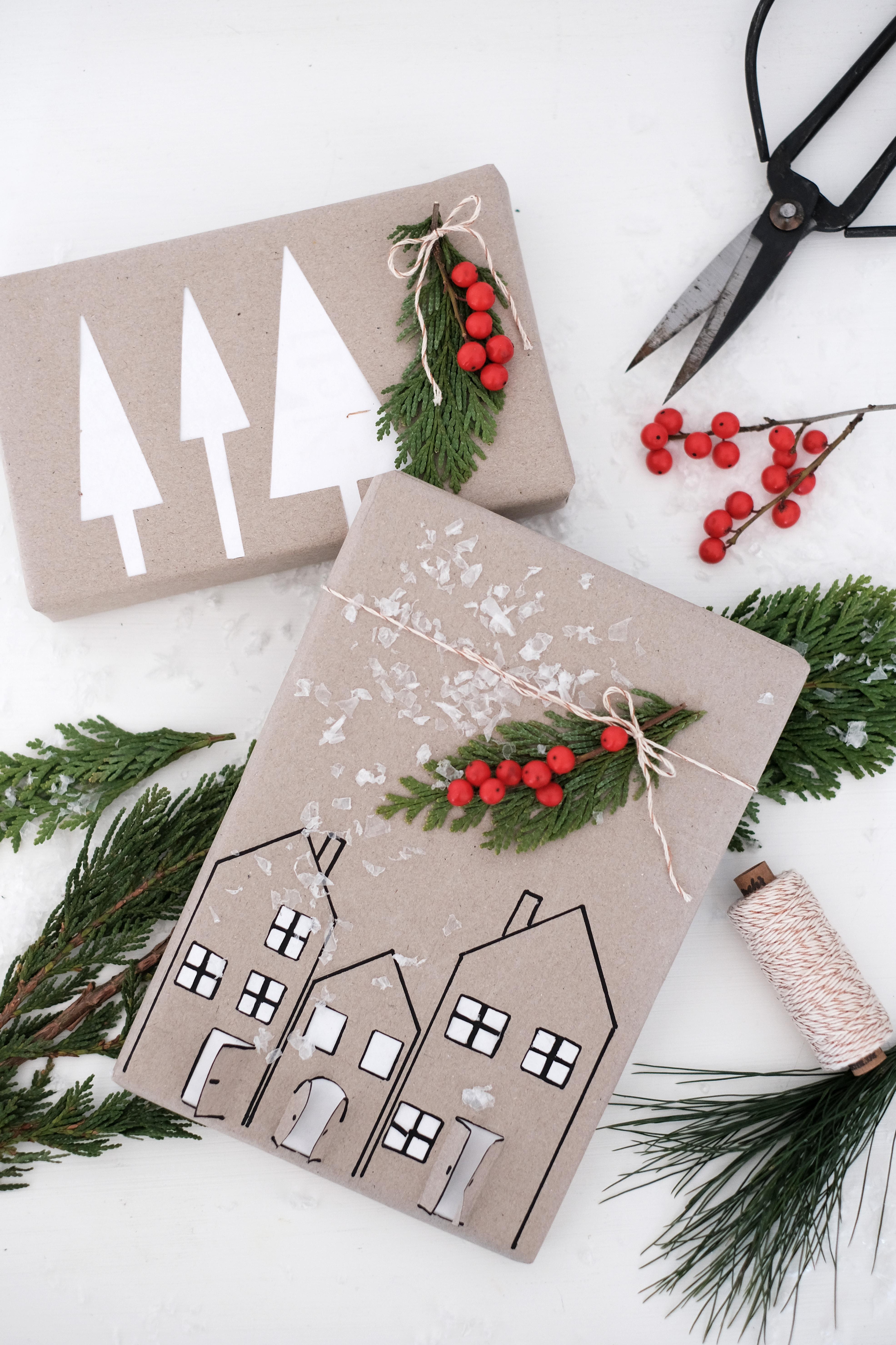 DIY Anleitung: verwende Verpackungsreste um daraus eine schöne Geschenkverpackung zu machen. Mit der Cut-Out Technik gelingt das garantiert! #diy #selbermachen #geschenkverpackung #weihnachten #upcycling #doityourself